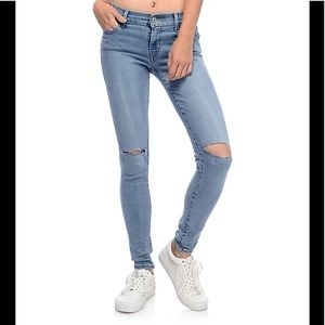 Levi's 710 Super Skinny Ripped Knees Size 29
